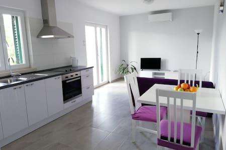 NEW*** Moro Apartment No.2