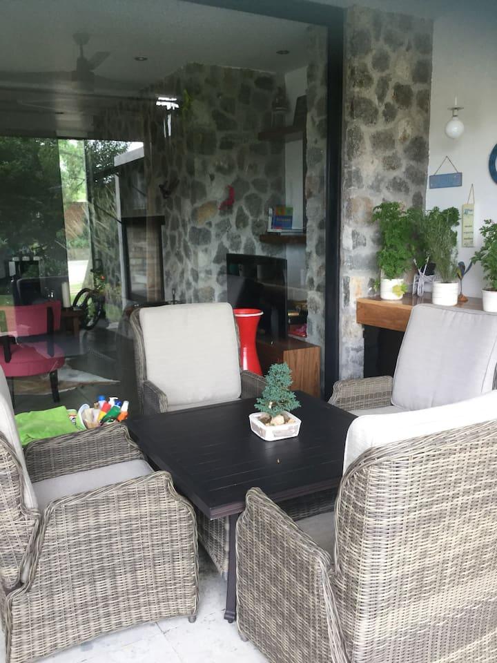 Sala de terraza para 4 personas