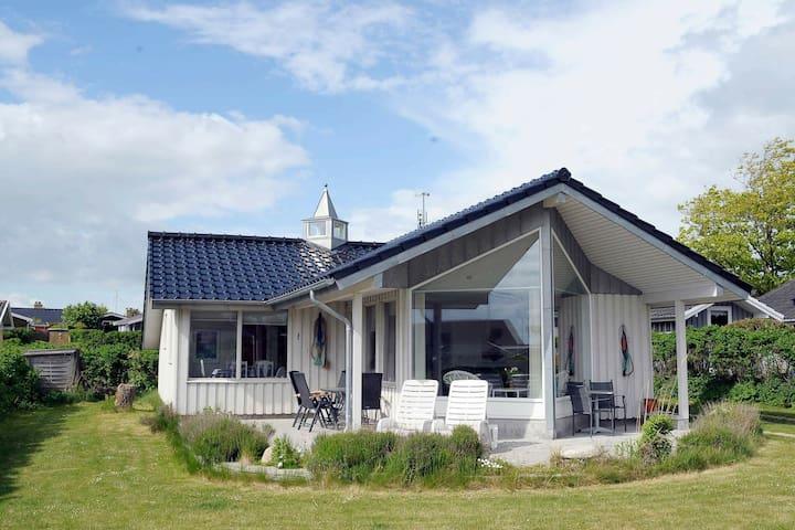 Espaciosa casa vacacional en Faaborg Dinamarca con sauna