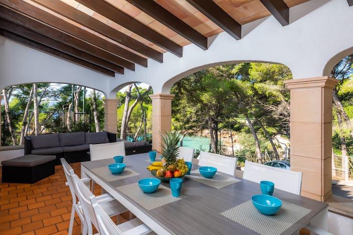 """Spacious Villa """"Casa de Cala Gat"""" with Sea View, Mountain View, Wi-Fi, Garden & Terrace; Parking Available"""