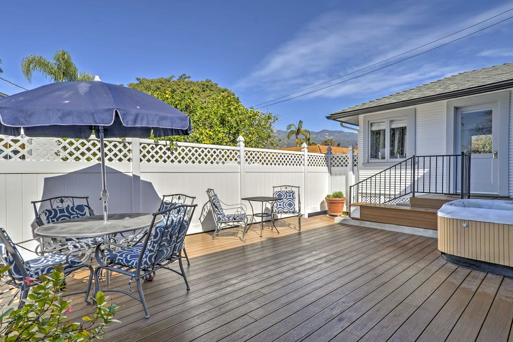 With a spacious private deck with patio furniture, outdoor Jacuzzi, and a gas grill, this home ensures a memorable retreat.