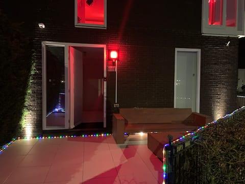 ¡Habitación tranquila encantadora en Ámsterdam cerca del centro!