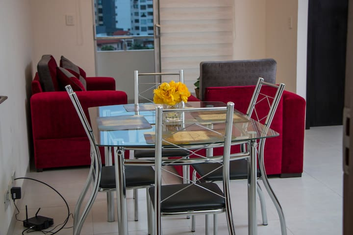 Downtown Apartment *****