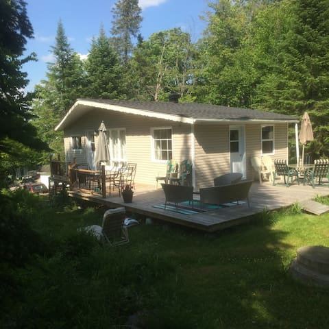 Beautiful cottage in the mountains - Saint-Adolphe-d'Howard - Cabane
