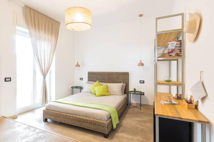 Modern&Stylish Suite with Terrace in Old Town