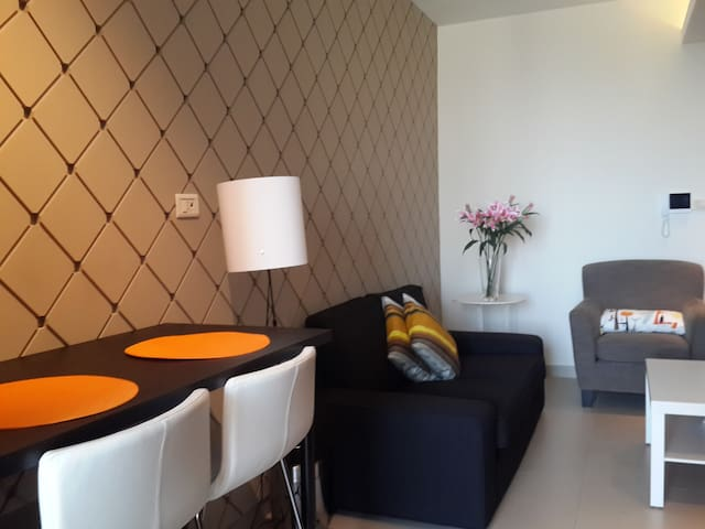 Perfect for Couples,Walking distance to big malls - Amman - Flat