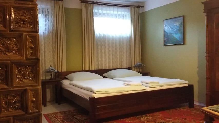 Villa Wroclaw guestroom  Olive - Wroclaw