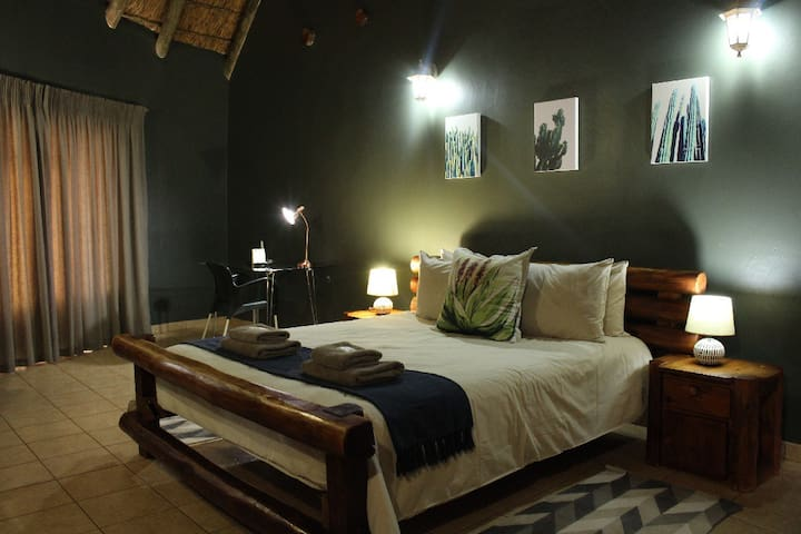Red Sands Country Lodge - not self catering