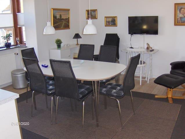 Lejlighed midt i Juelsminde by