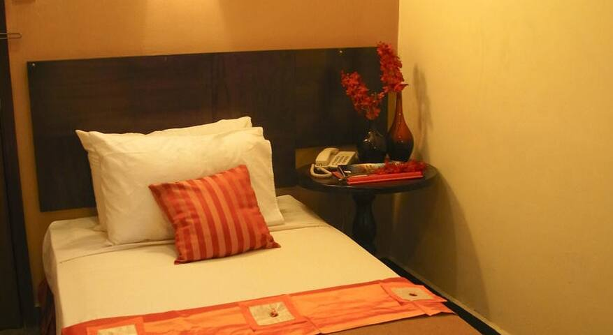 D'Oriental Inn in Petaling Street, Chinatown, KL