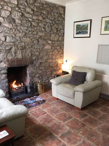 Marian Cottage - sleeps 4 - Ingleton - บ้าน