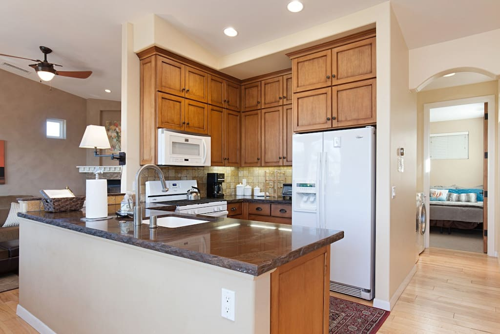 Full stocked kitchen with dishwasher and all the items you need to prepare a great meal.