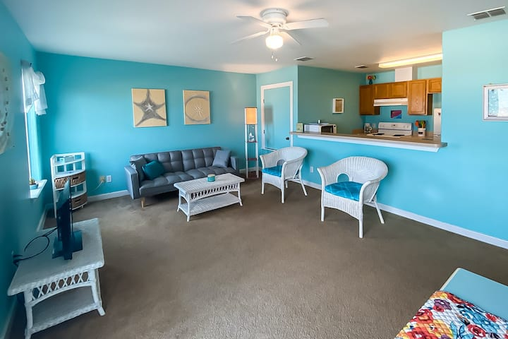 Vibrant Coastal Getaway near the Beach w/ Shared Pool, Private Balcony & More!
