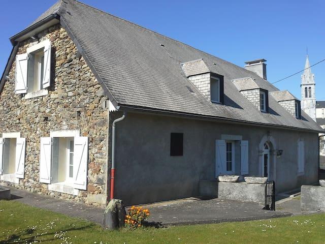 Appartement aux portes de Lourdes au calme