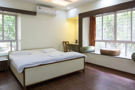 Wifi and AC room in KP - Pune