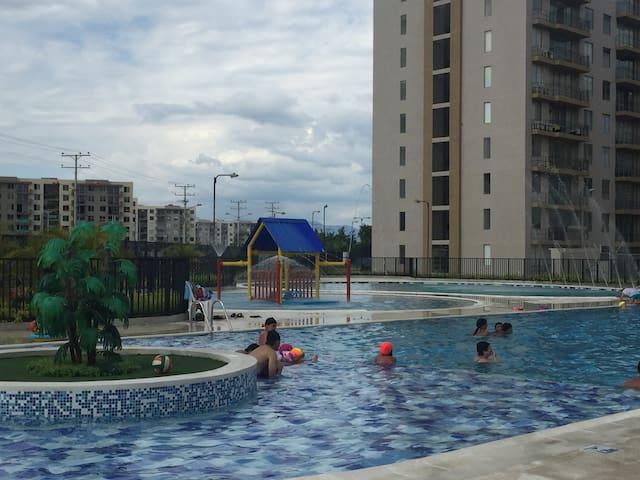 Bello!! Apartamento Amoblado - Ricaurte/Girardot