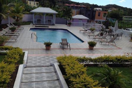 Aviesville Luxury and Inn Apartment