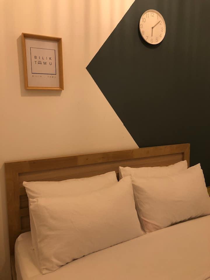 Bilik Tamu Minimalist Roomstay