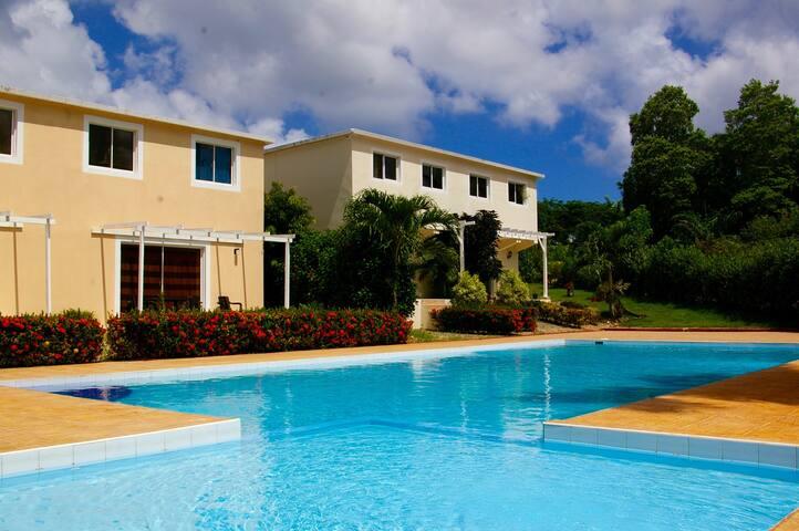 Villa et duplex Rio San Juan