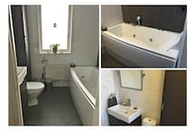 MASSAGE BADKAR och ett nyrenoverat badrum med WC.