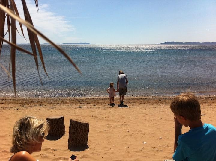 Coté Patio, Hyères T2/T3 à 150m de la plage