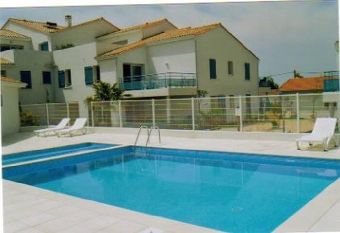 Appart tout confort avec piscine - Vaux-sur-Mer - Apartment
