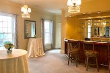 Our bar perfect for entertaining with ice maker behind bar.