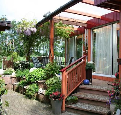 Beautiful holiday house with lovely outdoor area with covered terrace