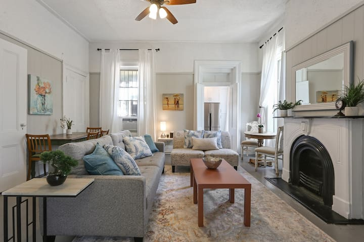 Brunch Central Downtown: Historic 3BR Mayor's Home