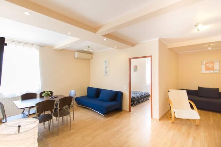 Riviéra Apartmanház 8 fő részére (7-es apartman)