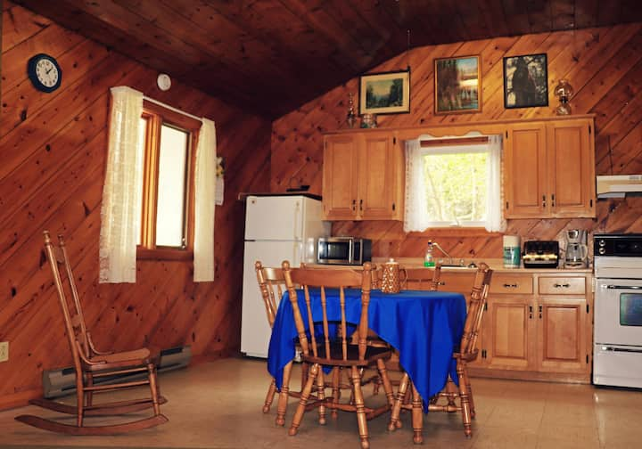 Fundy Cabins and Lodge (Cabin 1)