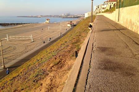 Charming S. Redondo Beach Studio - Redondo Beach - Casa