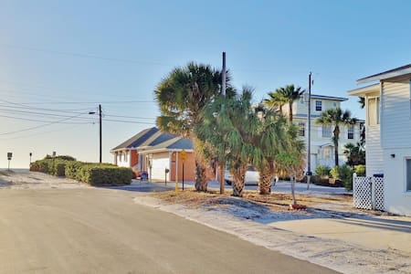 Beach Side Vacation Rental AMI - Holmes Beach