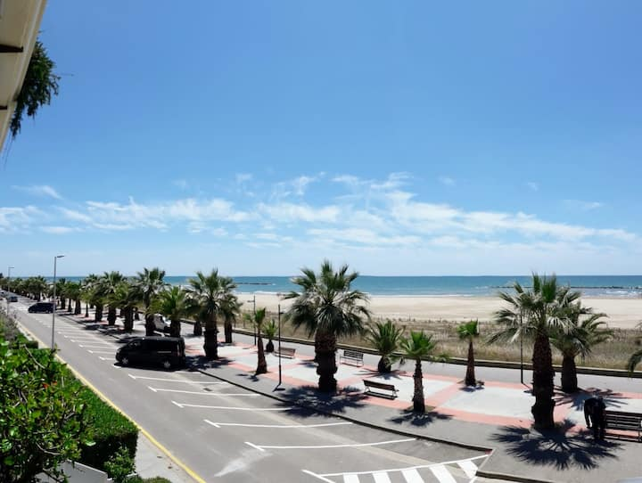 Beautiful apartament With spectacular sea views