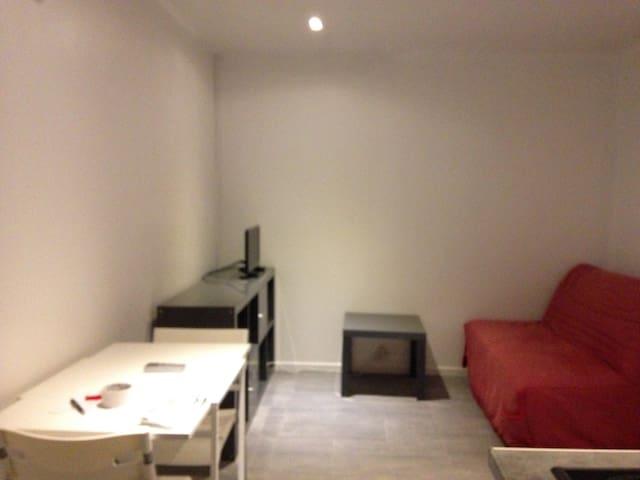 Maisonnette T2 32 m2 avec jardin - Rognac - Ev