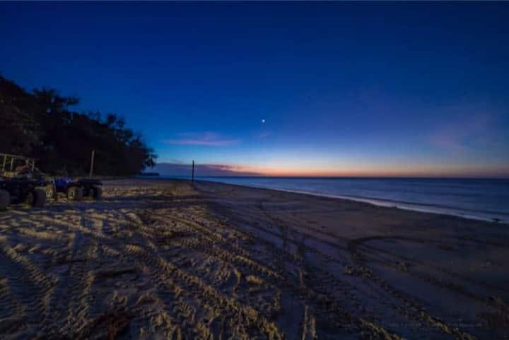Camp KP, Kuala Penyu Beach, Sabah. (Room 4)