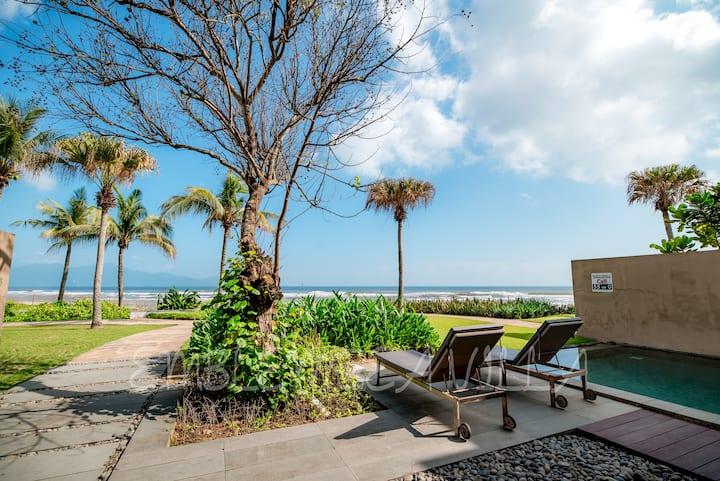 Emblemsea villa beach front 5* Hyatt Regency