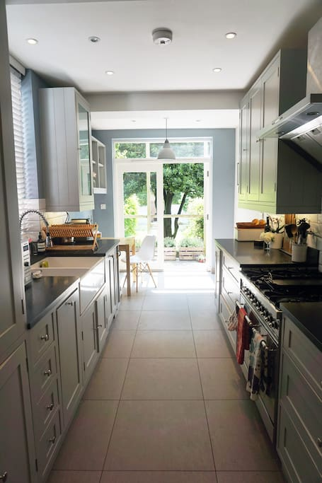 The kitchen is fitted out to an exceptional standard with a range oven, double sink and of course a toasted sandwich maker ;)
