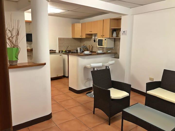 Bay suites- Suites in the heart of Puerto Ayora