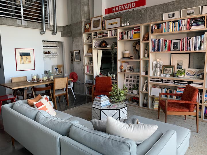 Amazing Industrial Loft in the heart of Miami!