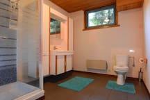 Bathroom ( 2)