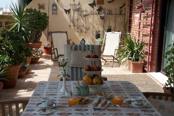 Ático Bed And Breakfast con dos terrazas privadas