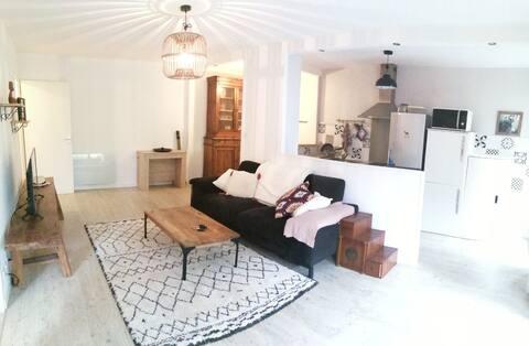 Bel appartement T2 entièrement rénové tout confort