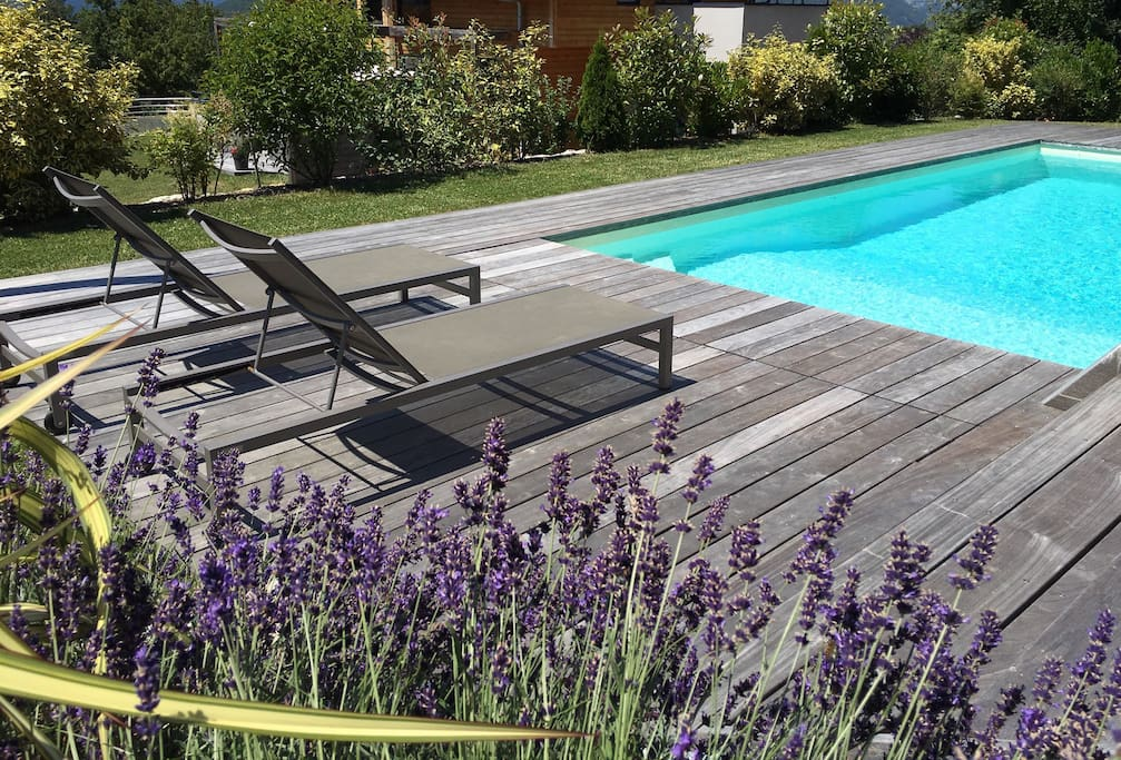 Piscine et terrasse partagées