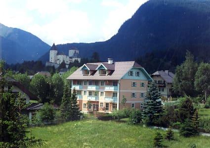 Schau's Lüftenegger Apartment mit 2 Schlafzimmern - Mauterndorf - Huoneisto