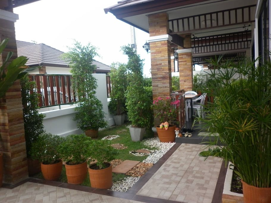peaceful garden setting/smoking areas