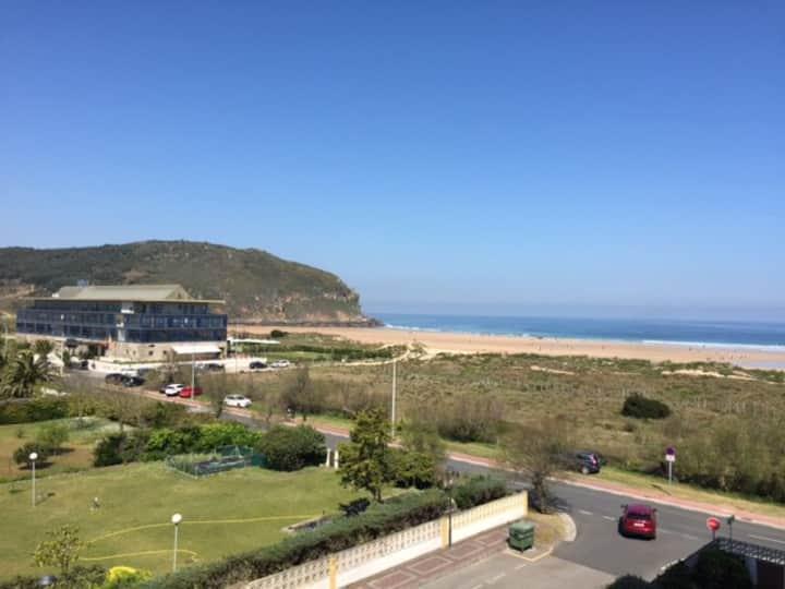 Apartamento en primera linea de playa de Berria