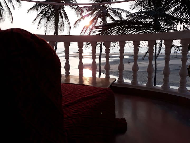 Room No 8 # Sunset # beach view @Ashwem Beach
