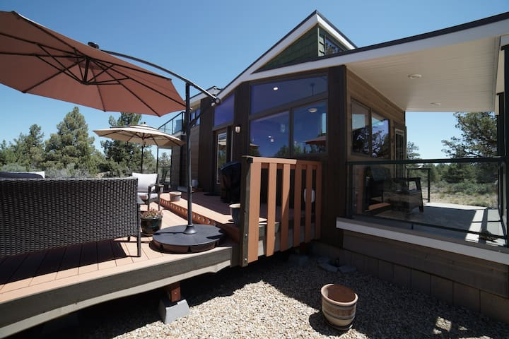 Tiny Home brand new only 40 minutes to Mt Bachelor