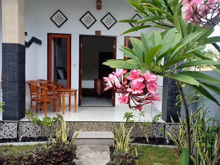 Dwiki putra home stay Garden view with fan 2